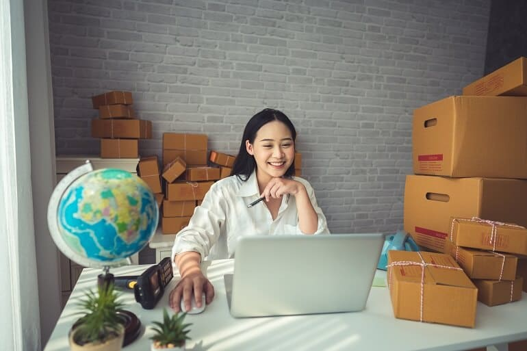 Modify logistics and shopping as a way to copy with COVID-19 effects on dropshipping