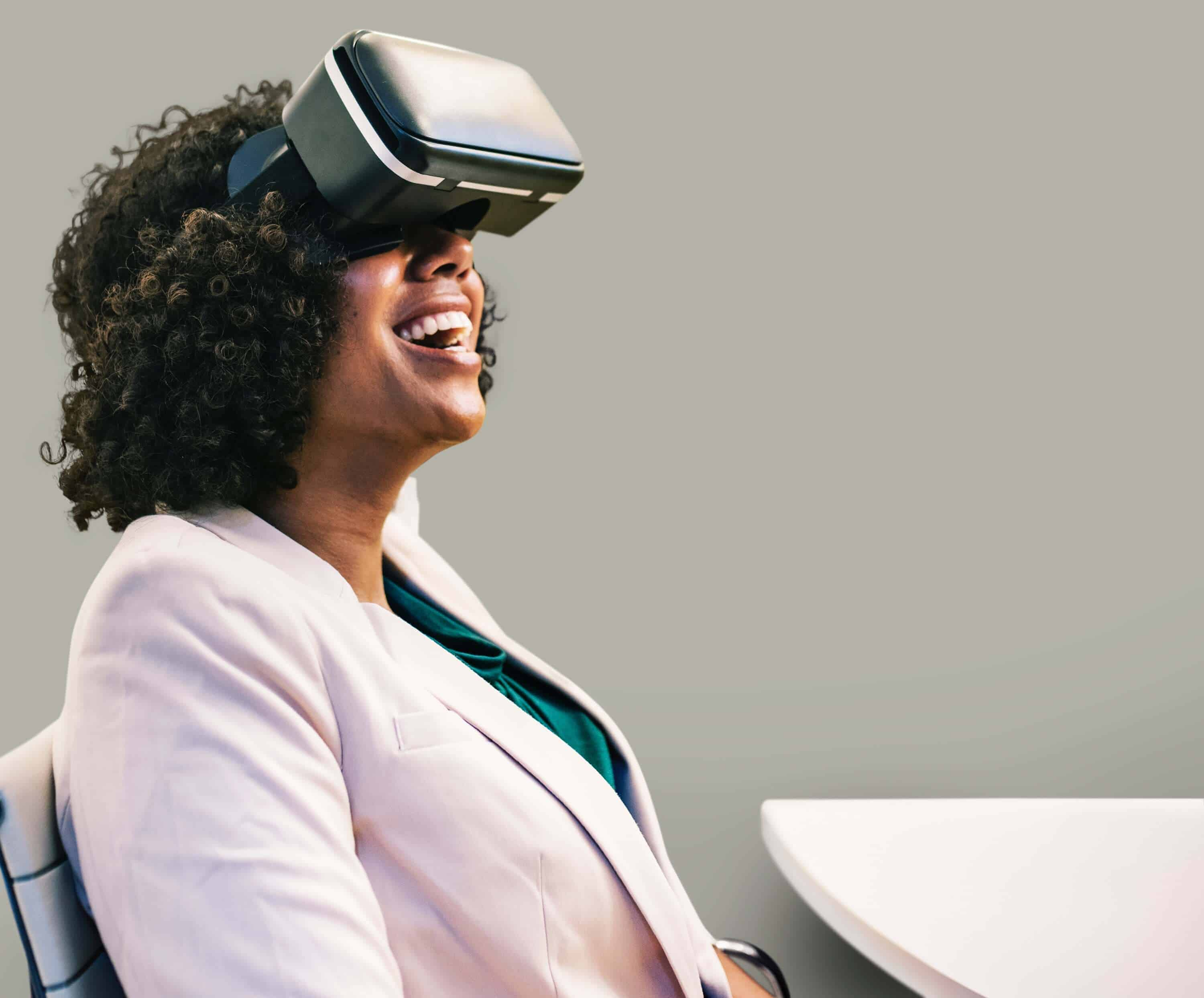 women with virtual reality machine