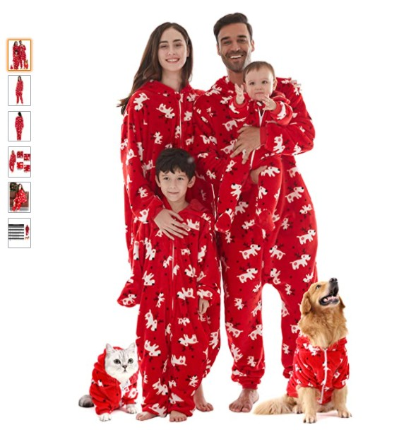 Christmas family pajama as a Chrsitmas niche product idea